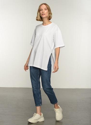 People By Fabrika PFKAW21TS0007 Oversize Yırtmaçlı Coton Tişört Beyaz